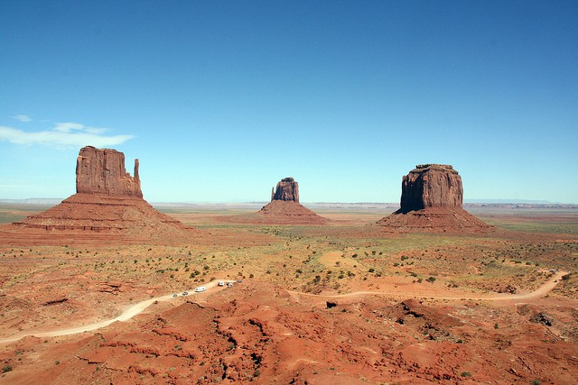 VS: Monument Valley